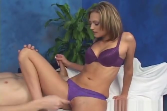 Hotty Gets Screwed On A Massage Table Enjoys A Facial Load