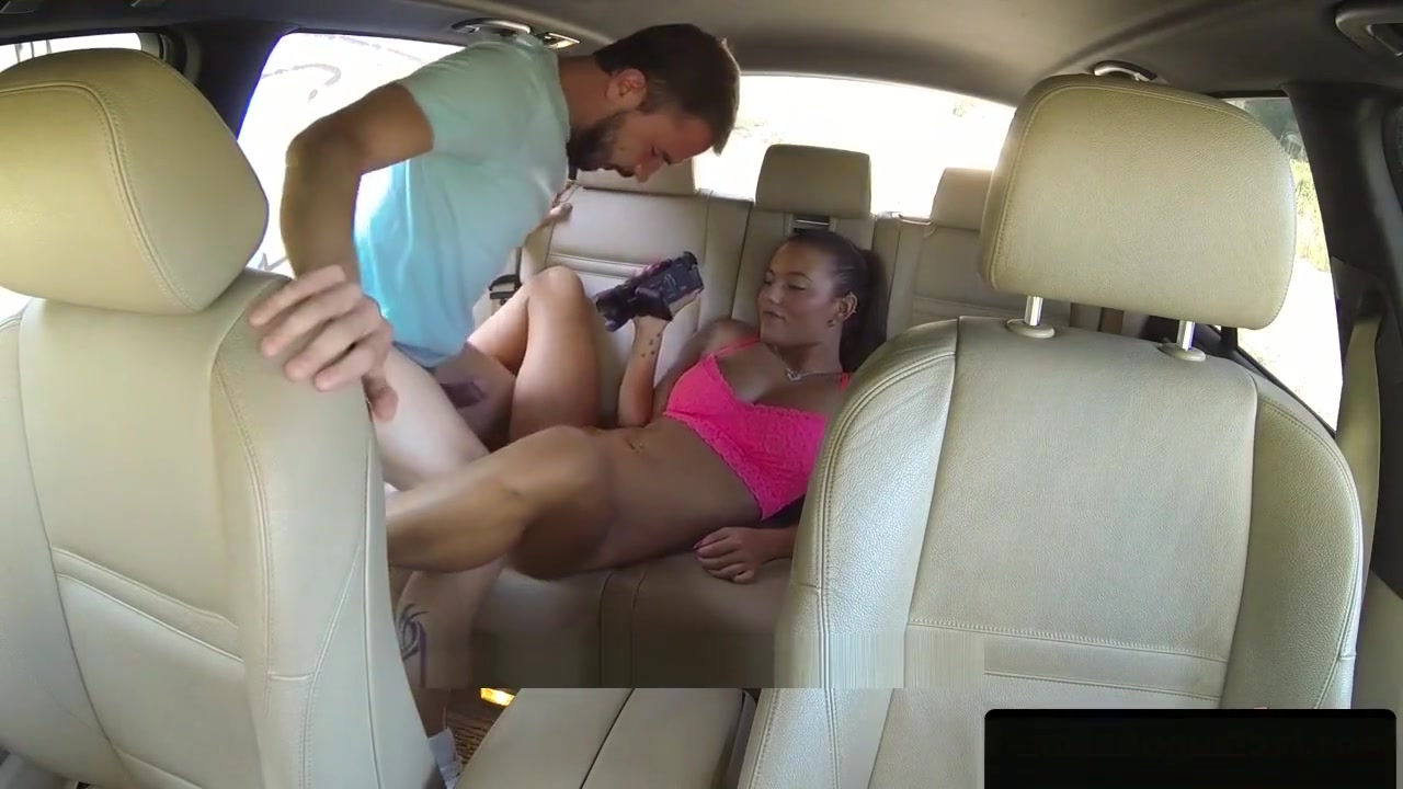Deepthroating Taxi Babe Doggystyled Hard gates mcfadden porn photos