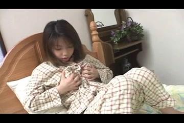 Nozomi Momoi - Pretty Japanese Girl Erotic massage in Rida