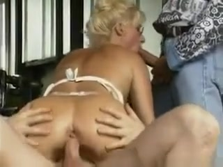 Blonde Milf Fucking In The Office How to forgive and forget your ex
