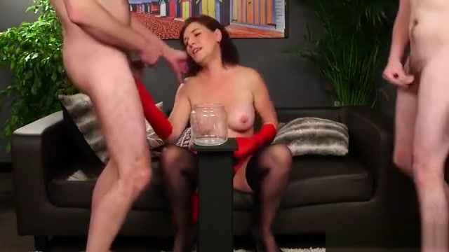 Frisky Idol Gets Cumshot On Her Face Swallowing All The Love drunk mature brutal movies