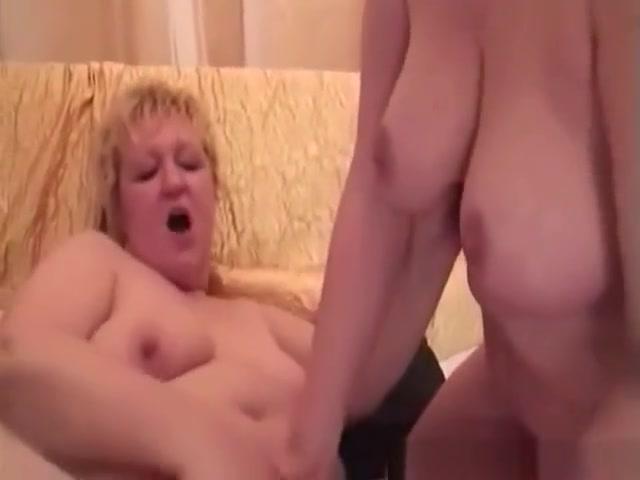 Sexy Elder Ladies Having Lesbian Action With Dildo