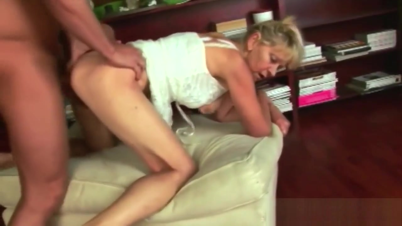 Slim Granny Bangs A Young Dude Until Exhaustion native american porn tumblr