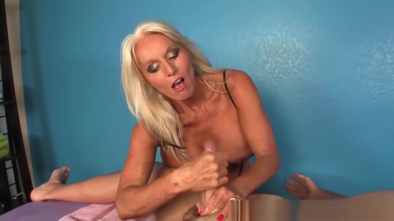 Gilf Masseuse Titfucks And Wanks Her Client Hookup a guy a foot taller than you