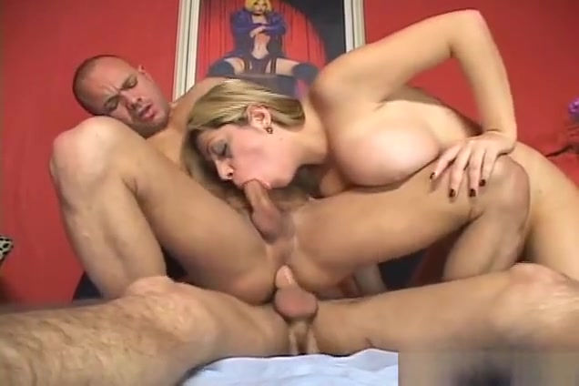 Take A Glance At Amazingly Sexy Fivesome Bi Sexual Action