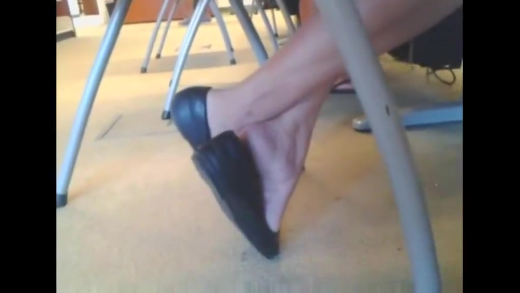 Mature Asian Toe Wiggling and Shoe play naked asian women with black males