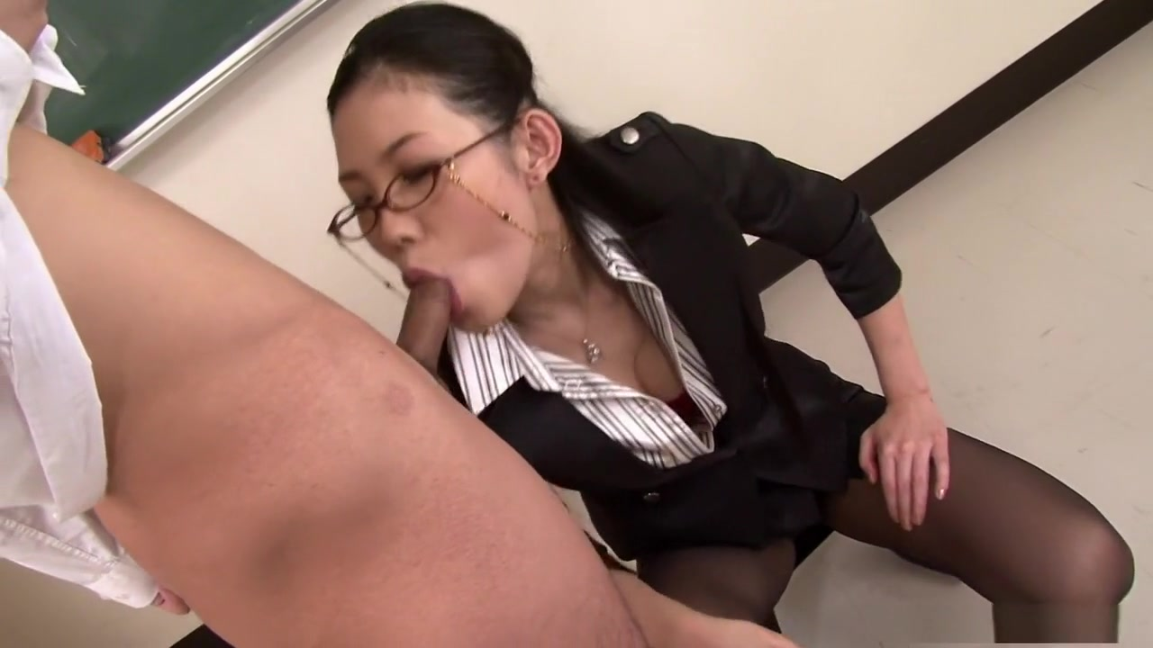 Yui Komine blows her students dick during erections my penis head is soft
