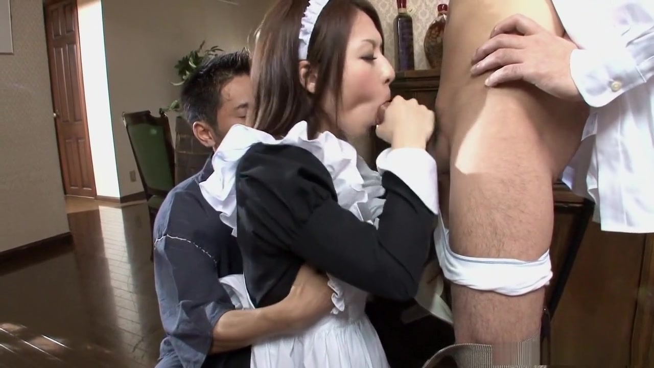 Hot waitress, Himeki Kaede just wants her husband back