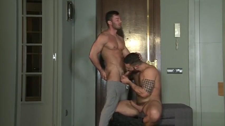 Big dick gay anal sex and cumshot Lesbian tongue kissing pics