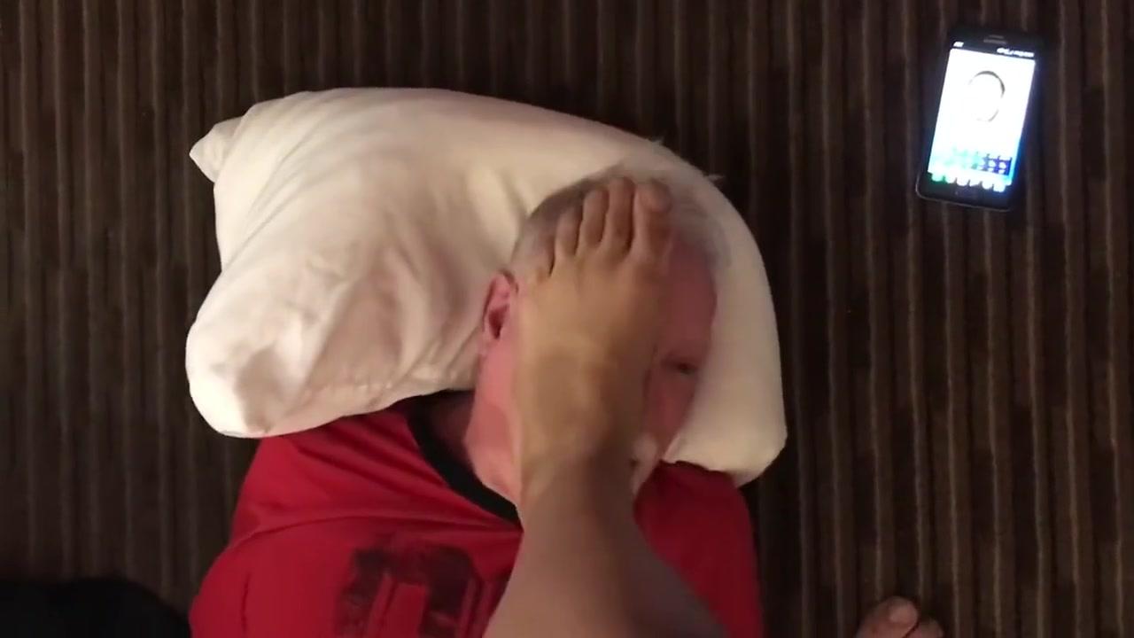White Fag Licks My Feet 001 Reap Sex Police