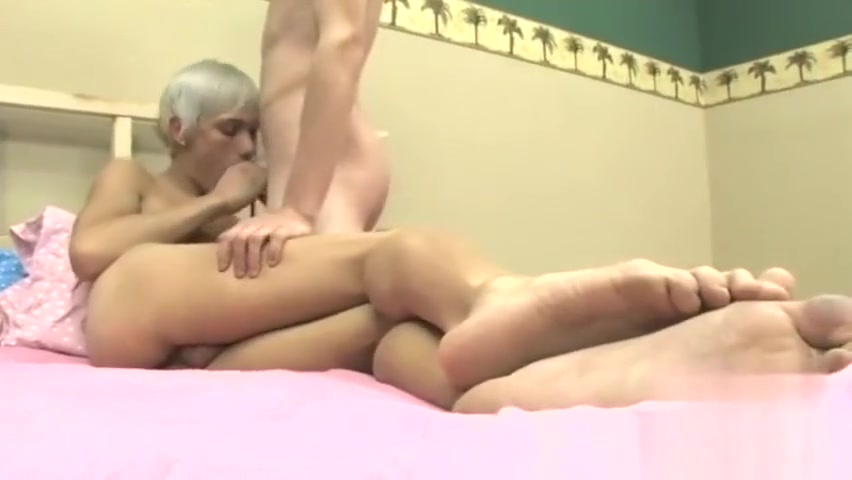 Young sissy boy gay porn Ian flashes Ashton a good time in his very first nude girls you tube