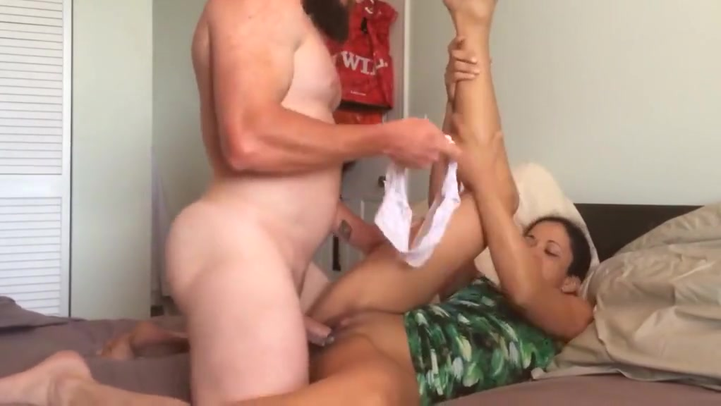 Hot White Bull Fucks Horny Brazilian Wife