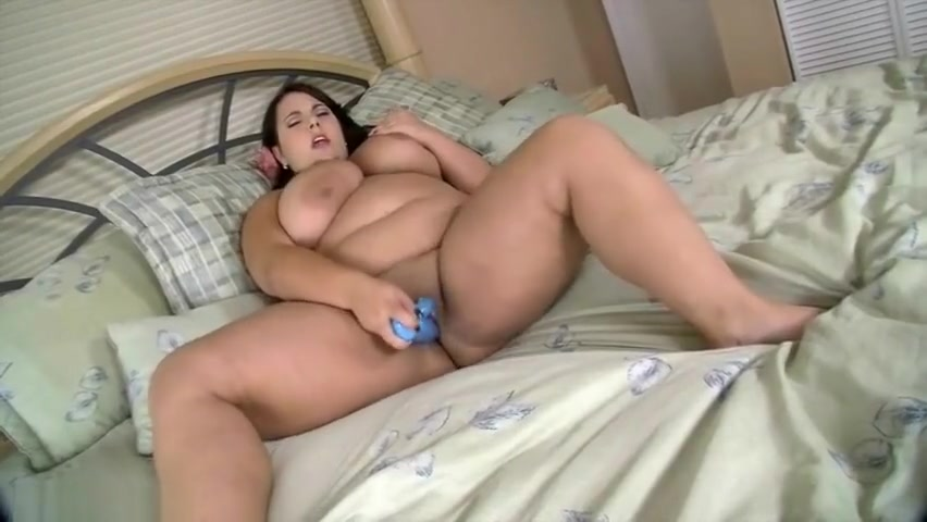 Busty Brunette BBW Jane Kush Plays With Her TIght Pussy free nude house wife