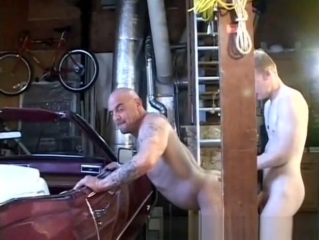 Nice Car thick ebony milf threesome