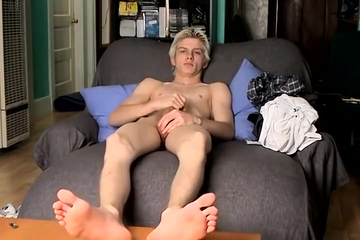 Sexy Blond Teen With Cute Feet ovulation and breast pain