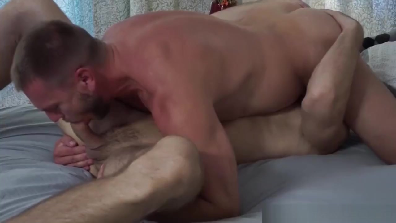 IconMale Nerdy Daddy Understands This Young Muscle Hunk Medication to last longer in bed
