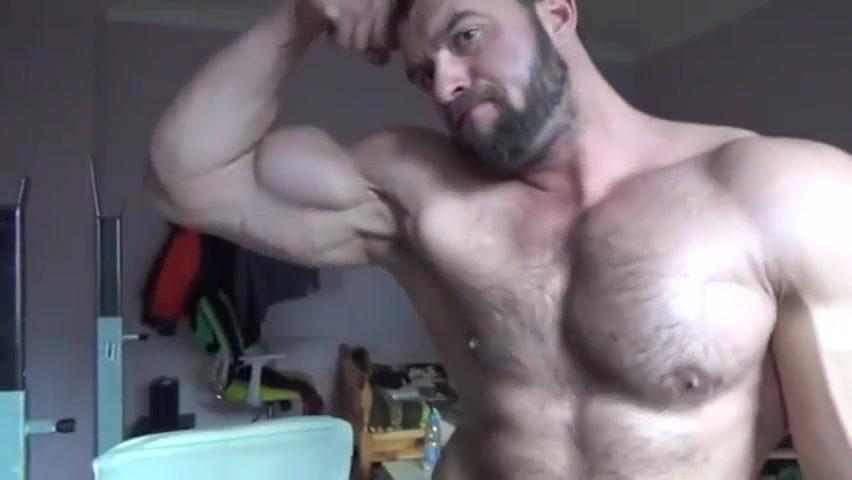 Cute Hairy muscle Bear with vascular muscle! Hot girl next door selfies