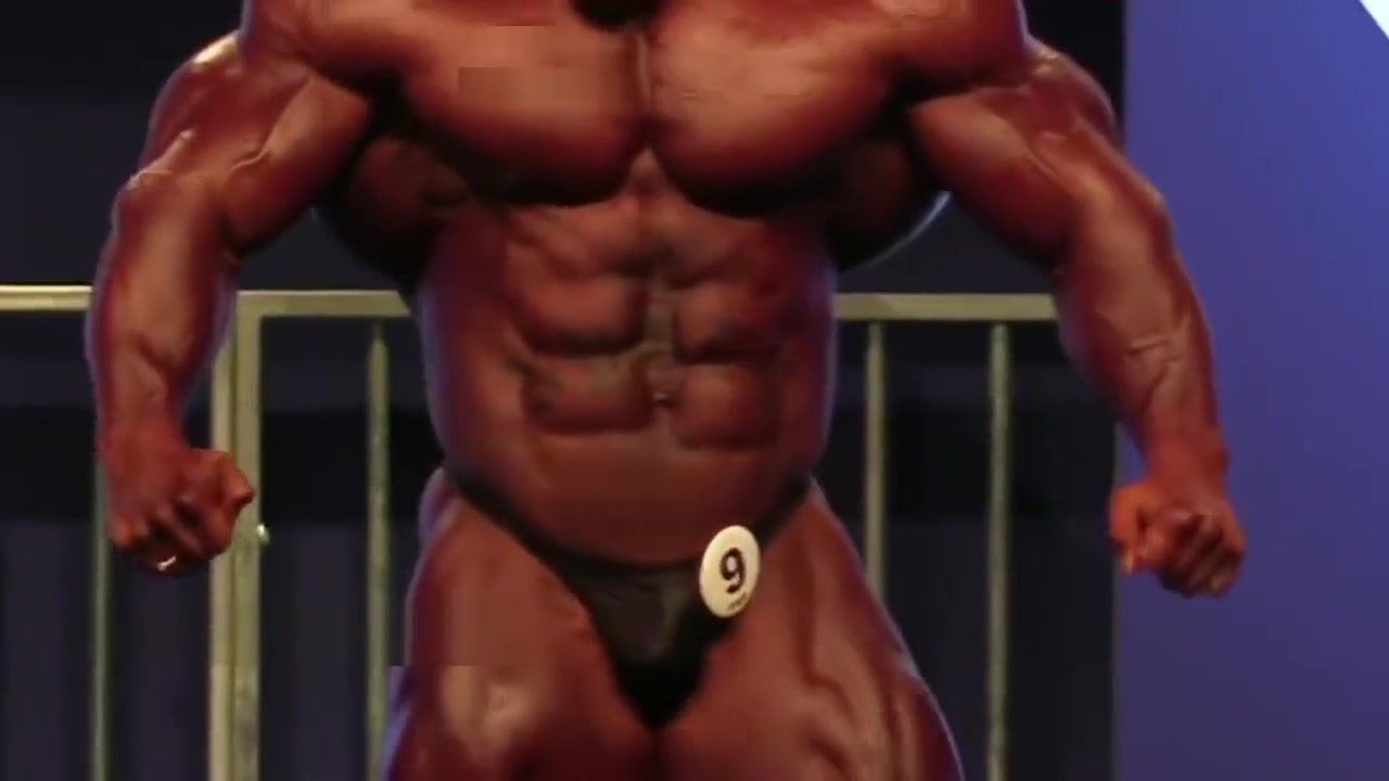 HOT MUSCLE GODS IN TINY THONGS MUSCLE BUTTS kingfisher sex porn video