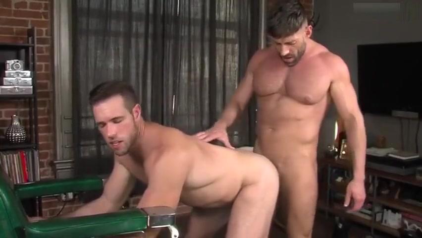 Bruce Beckham & Alex Mecum - Beards video porno de andrea
