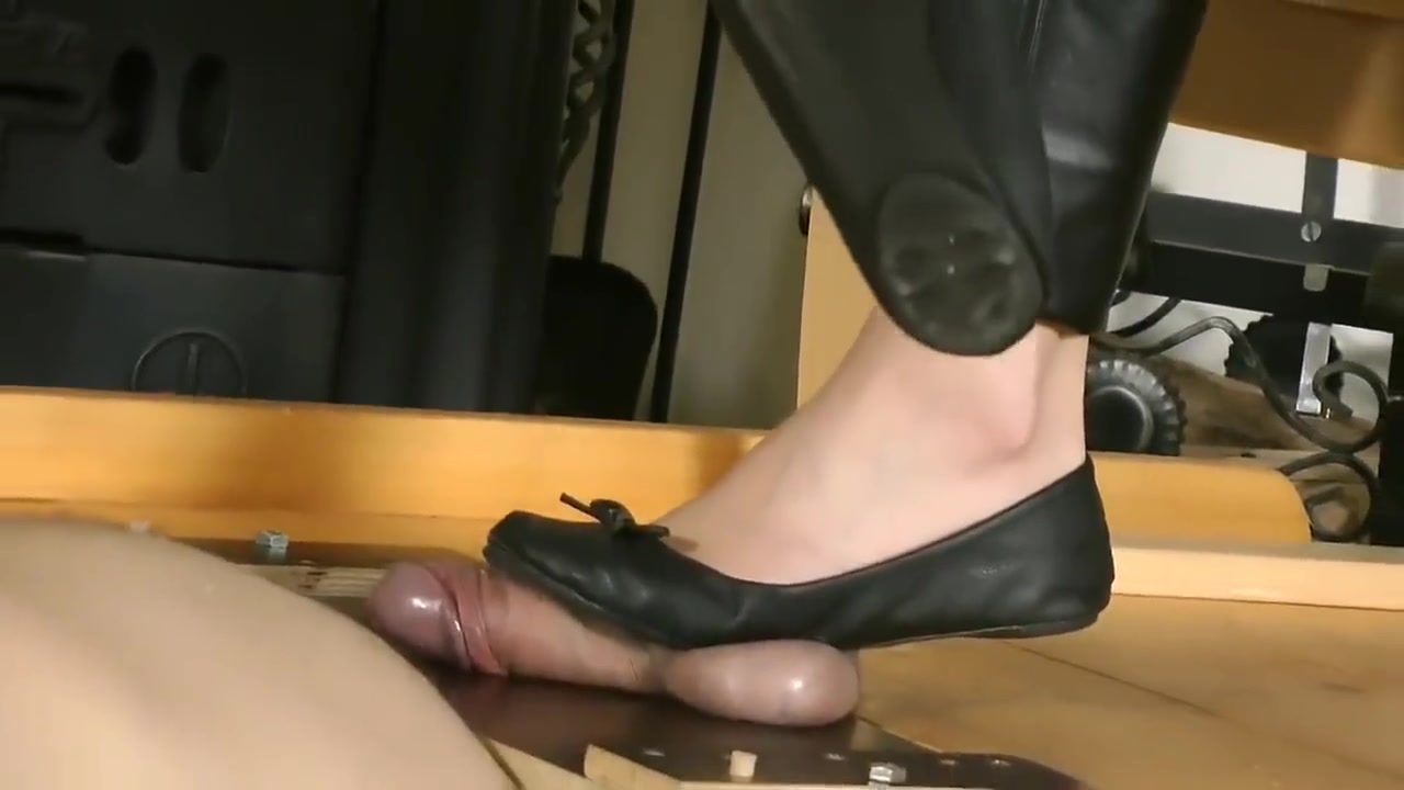 Flats Crush Cock - Feet Fetish