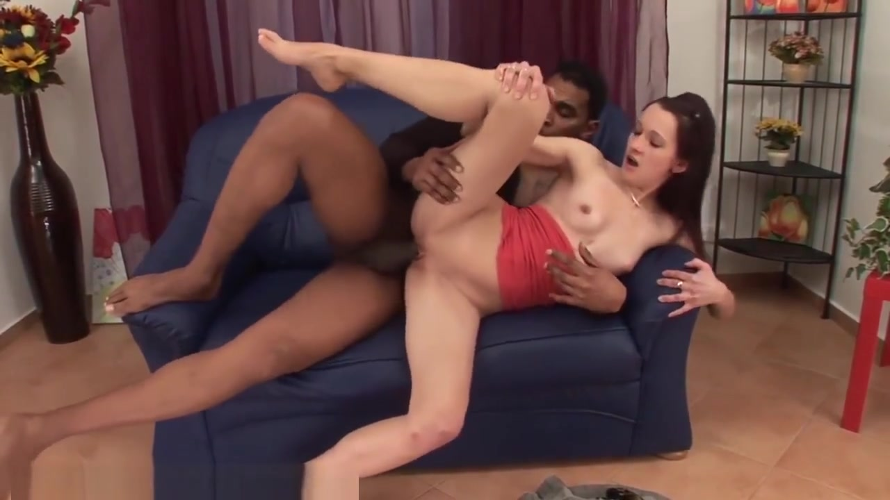 Skinny Amateur Creampied by MASSIVE Dong Ddlg amateur
