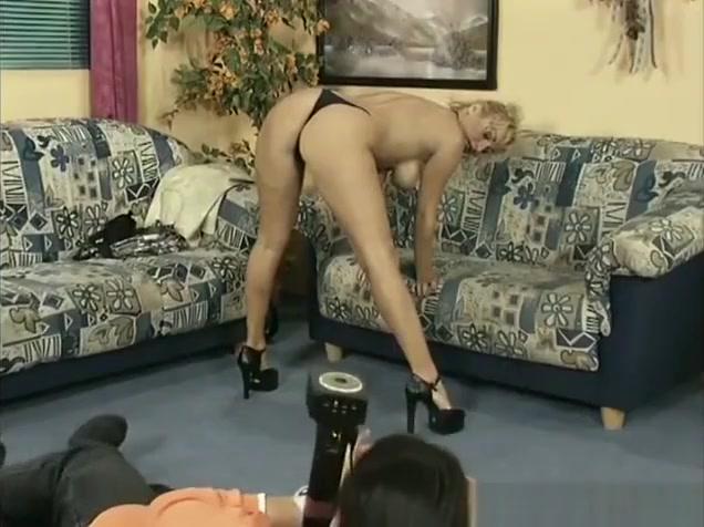 german milf for her first anal Xxx pornos