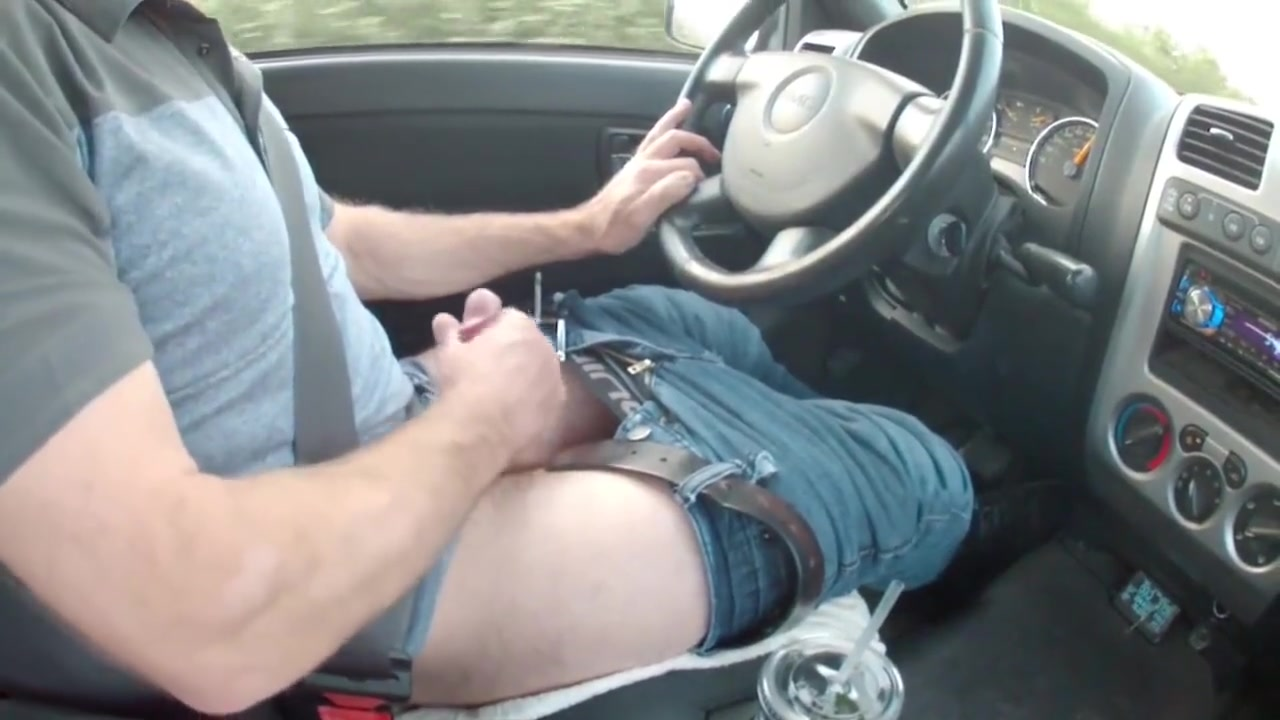 Killing time on a road trip Milf gets tag teamed by 3 bbc