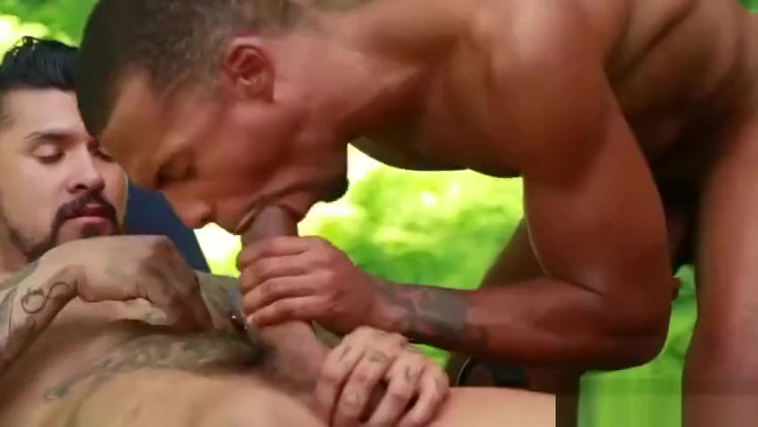 Camp CockyBoys Trailer: Jacen Zhu and Boomer Banks How long after dating should you kiss