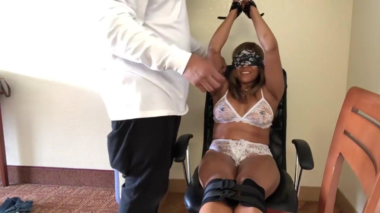 tickling milf Bipasabasu Xnxx