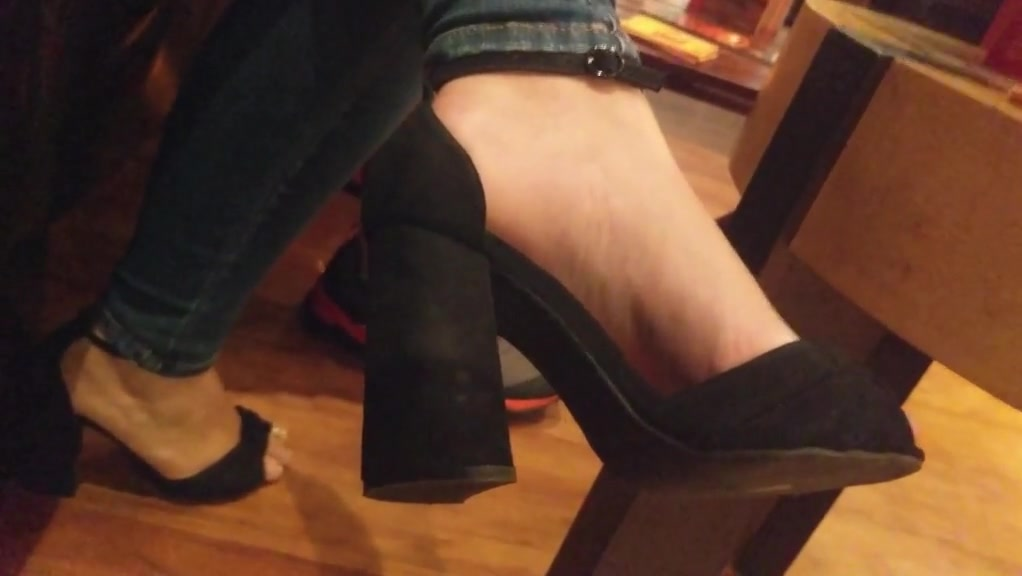 Hot girl feet in high heels naked star trek woman