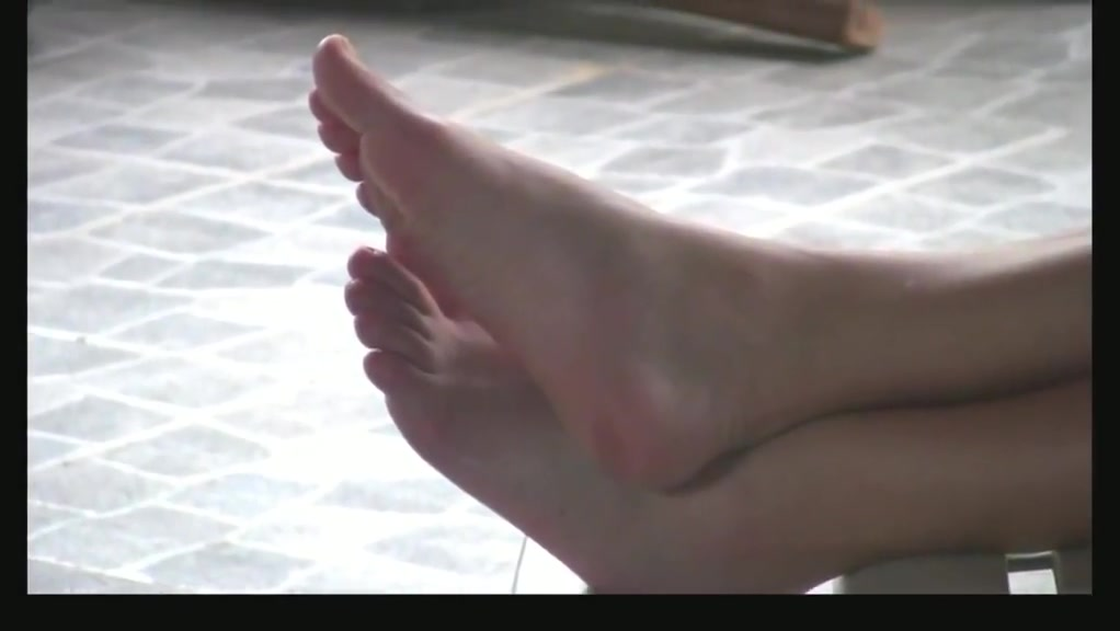Candid feet at home Student speed dating update