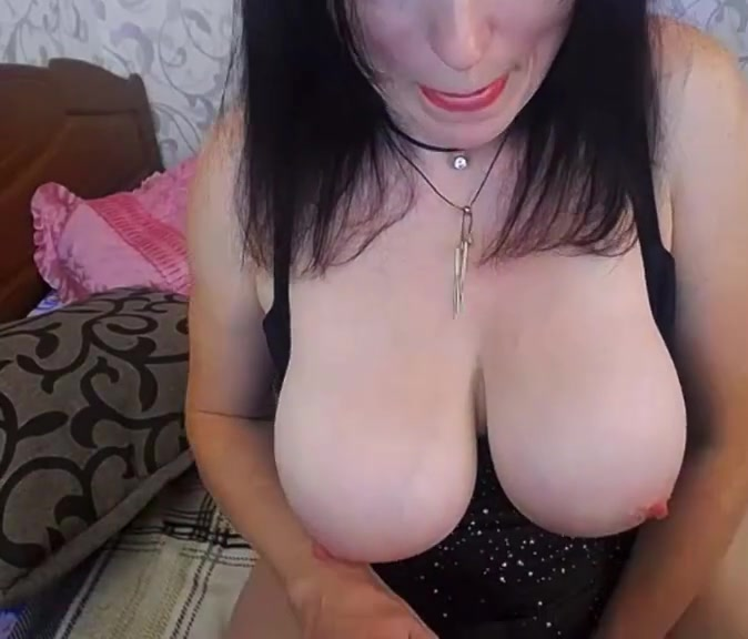 Busty Milf Solo naked mature women