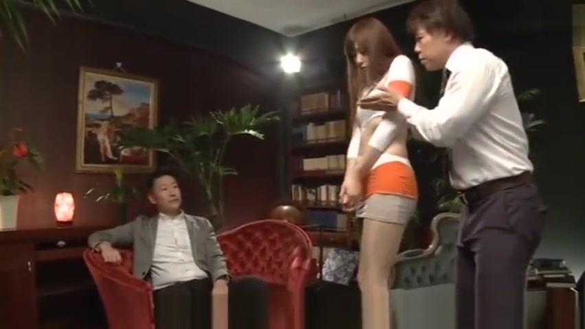 【愛音まりあ】スレンダーなレースクィーンのお姉さんがスポンサーのおっさんと枕営業