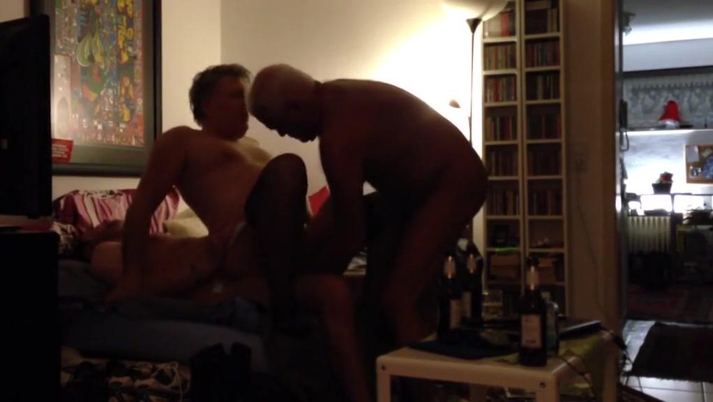 amateur gay slut jewa Bathing sucking pussy hot couples