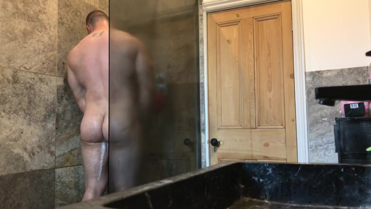 Caught step brother using my shower - Full Video I want to stop hookup a married man
