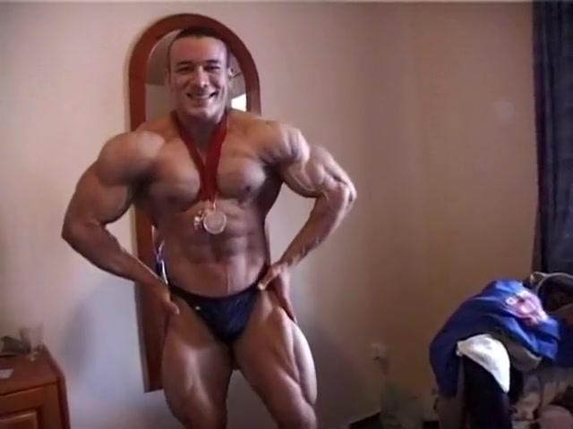 Osama Ashour Big natural bouncing tits hardcore