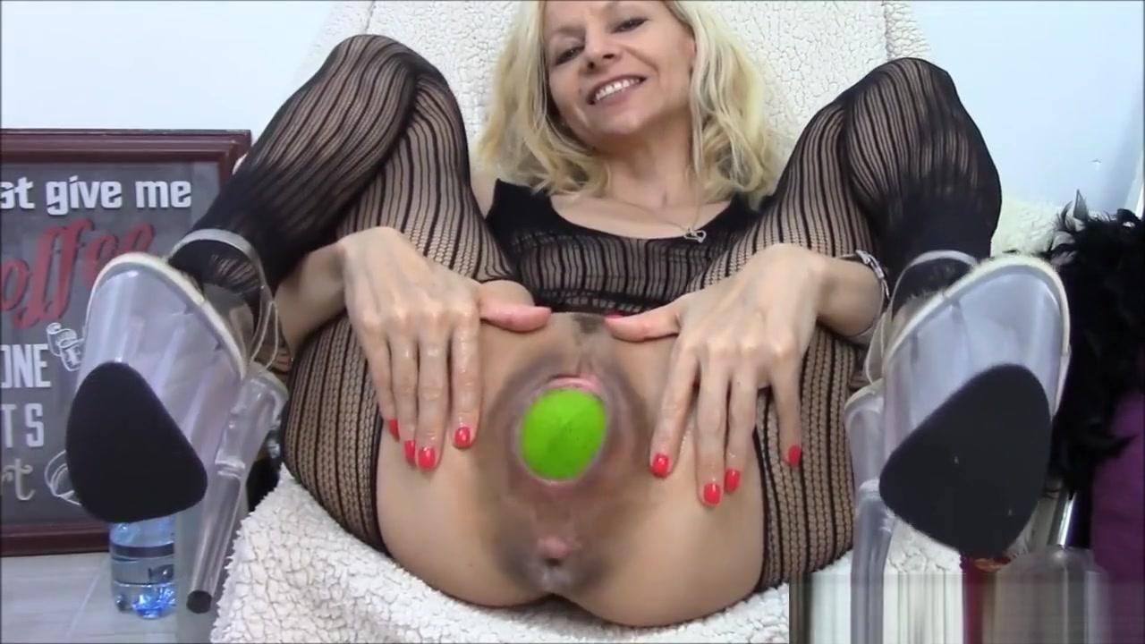 Toys and Big Pussy sexy maa ki chudai video