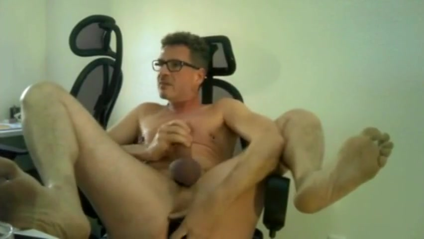 Mmm daddy Black milf giveing head