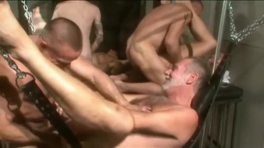 Big Dick Daddy Club - Muscle Bear Free fucking picture throat