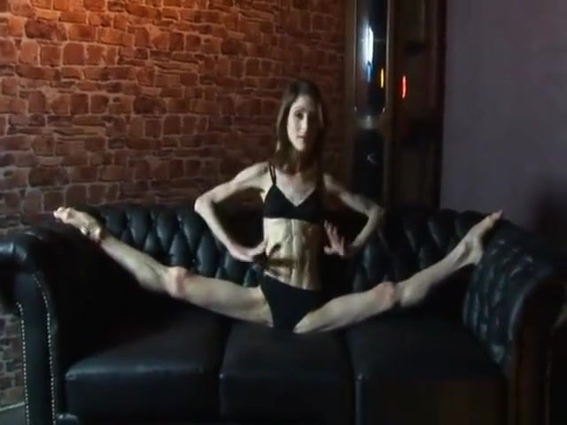 Beautiful anorexic dancer showing off her feet Magdalene rose bdsm