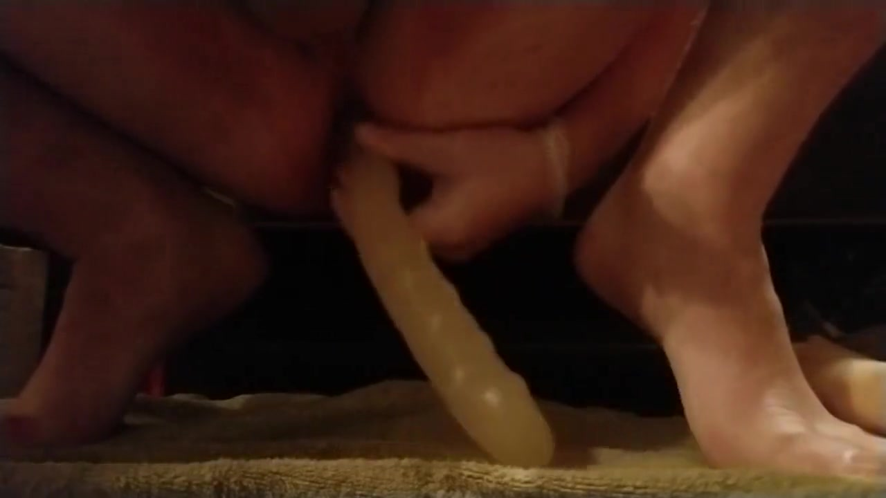 Quick anal toy play while wife is away free porno streaming sites