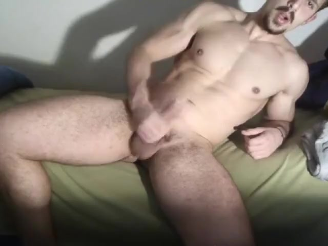 Horny Italian heterosexual muscular guy masturbates and cum on Cam4 (2) Free world star porn