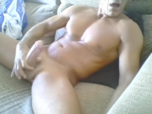 ITAILIAN MUSCLE DADDY CUMS Icannels Anal