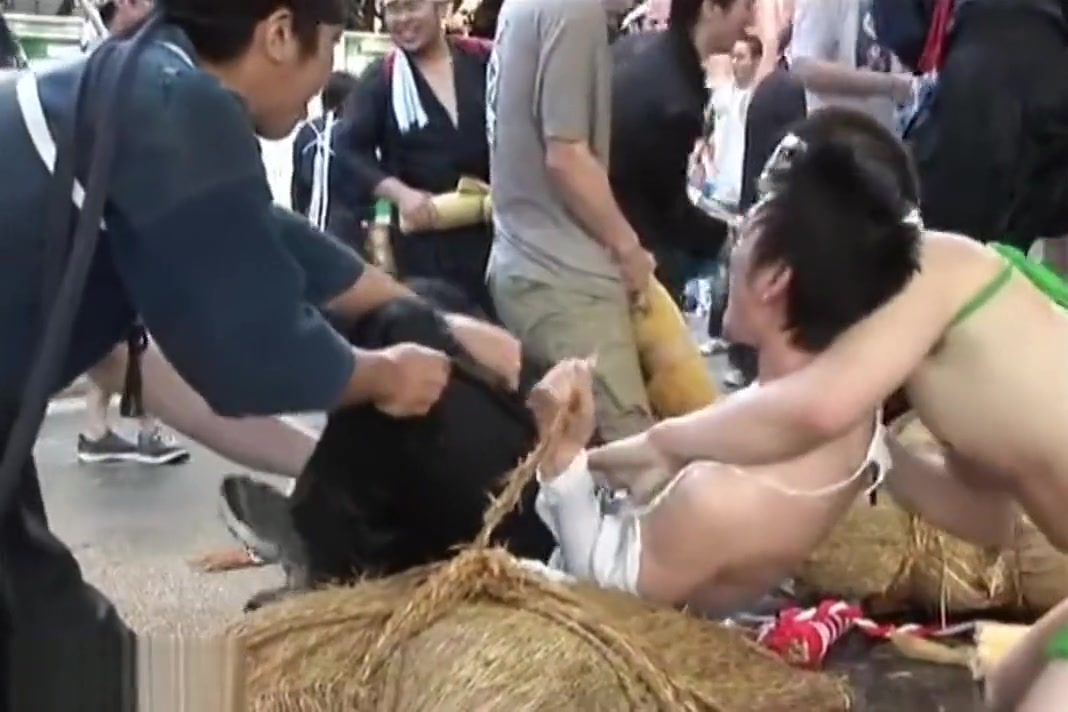 Japanese Buddies are Force Stripped Naked in Public How do stitches work