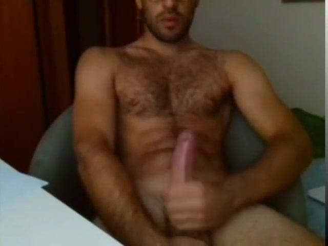 guy on cam 124 Masturbate with hole in boxers