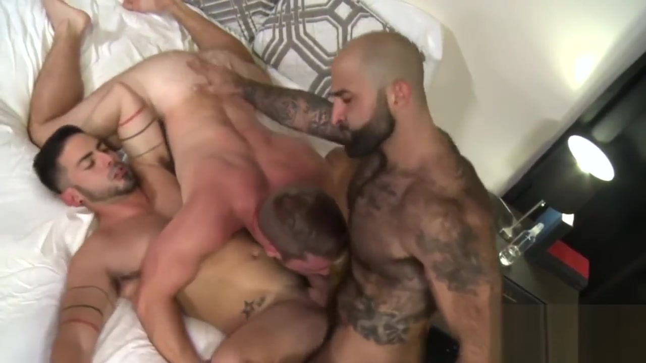 Incredible bareback gay threesome with Scott Riley Www Big Ass Pics