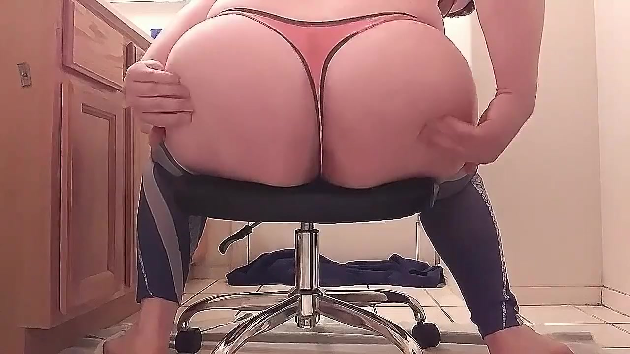 Sissy Fucks his own Ass while in Leggings free hispanic porn videos