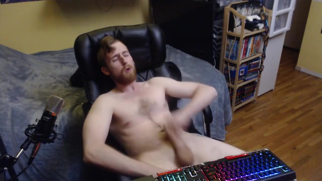 UNCUT CANADIAN BIG DICK JERK OFF AND CUM ON HAIRY CHEST Charlotte Vale Feet