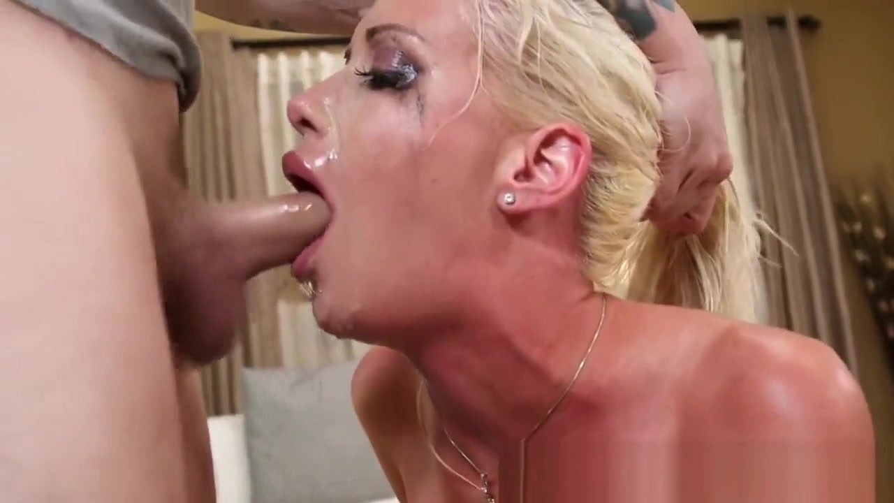 Slut gets wam gagging big tits fucking machines