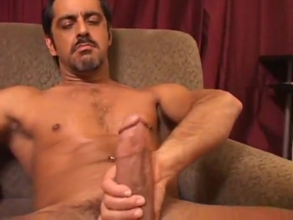 3 ww4.2 Italin milfs nude with big tits deep throating